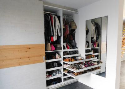 Garderobenschrank in 06188 Queis